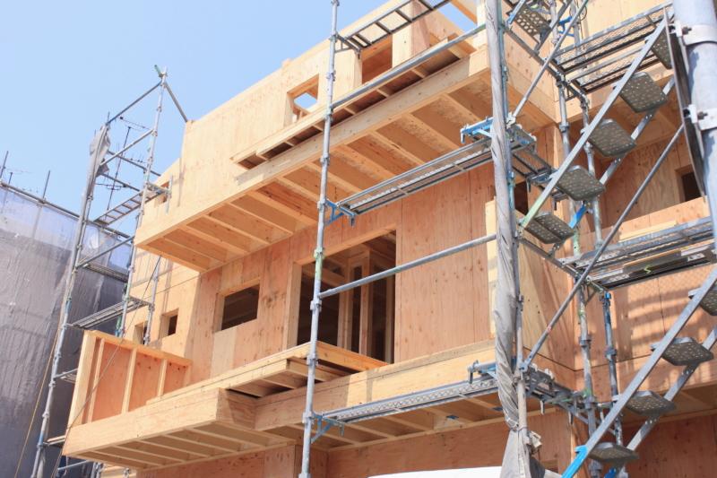 注文住宅の相場は?土地取得費、建築費、諸経費から参考計算式を紹介します