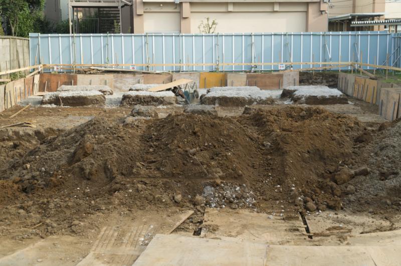 整地費用について。地盤調査、地盤改良、擁壁工事、産廃処理費用など