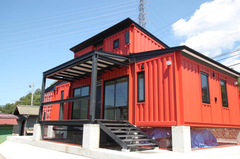 長野県の赤いコンテナハウスの完了検査を行いました。