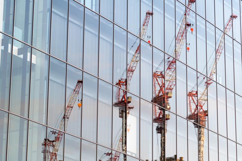 カーテンウォール工事とは?外壁を取り付ける工程と種類を解説
