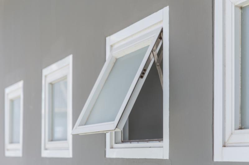 建具工事とは?窓や扉などの開閉部分の取り付け工事