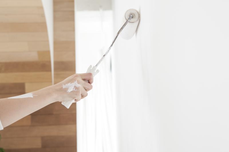 塗装工事とは?工法の種類や使用される道具、現場の流れ