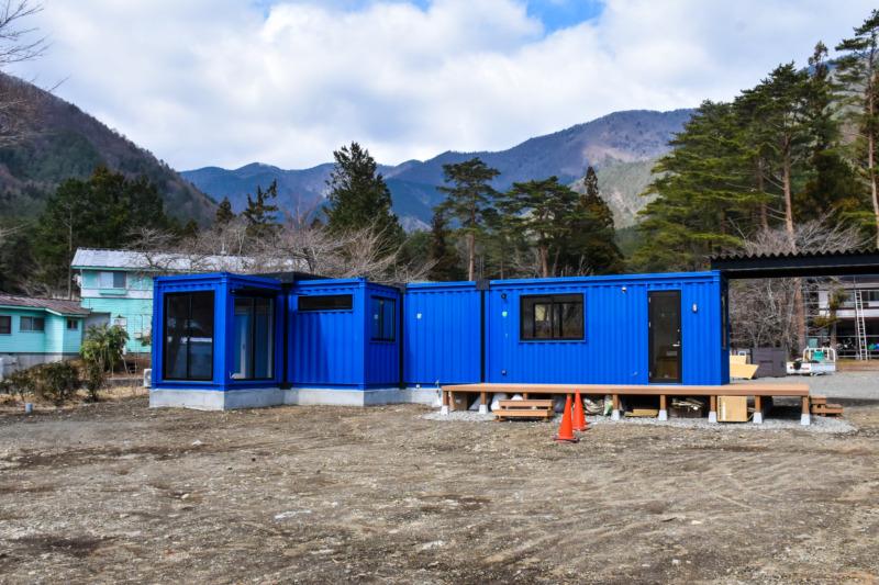 居住スペースが一体となった施設の管理棟